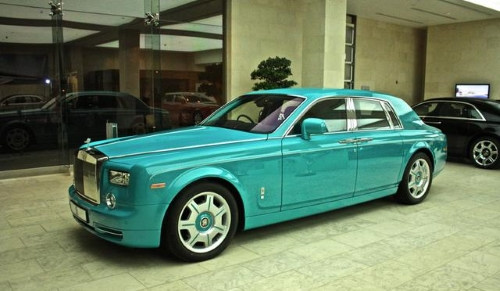 Бирюзовый Rolls-Royce Phantom